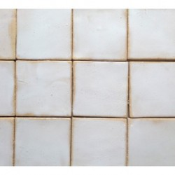 płytki białe rustykalne